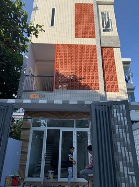 Cửa đi 4 cánh Đà Nẵng - HKH Window
