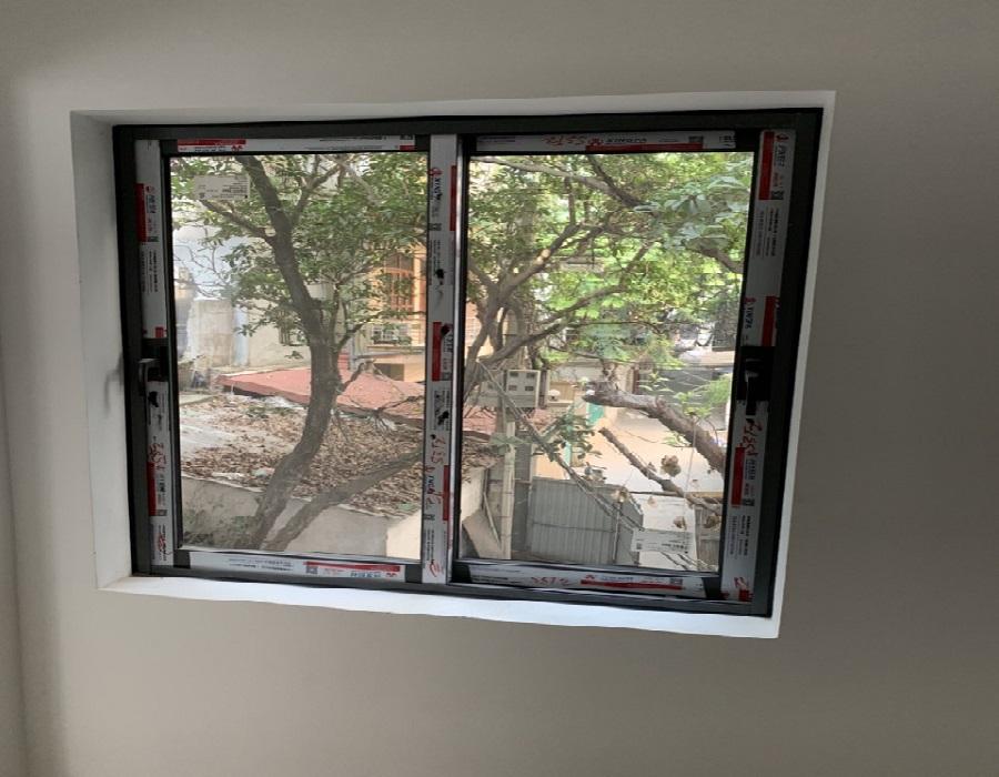 Cửa sổ mở trượt 2 cánh - HKH Window