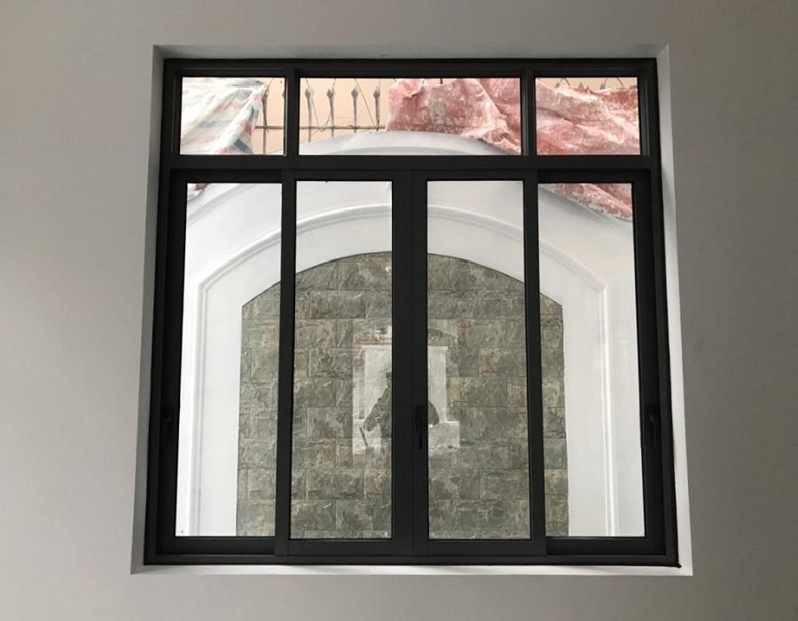 Cửa sổ mở trượt 4 cánh - HKH Window