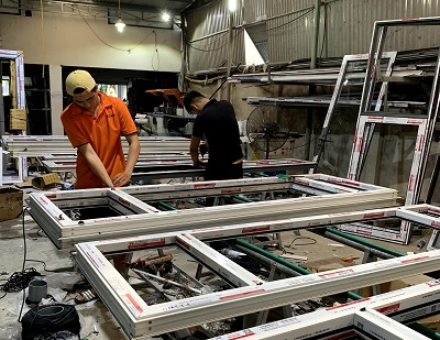 hkh window tuyển dụng thợ sản xuất nhôm kính tại đà nẵng